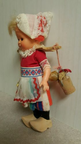 vintage-dutch-girl-wooden-shoes-sleepy-eyes-doll-0d26c81f517e85052b38ab3e29b5097a